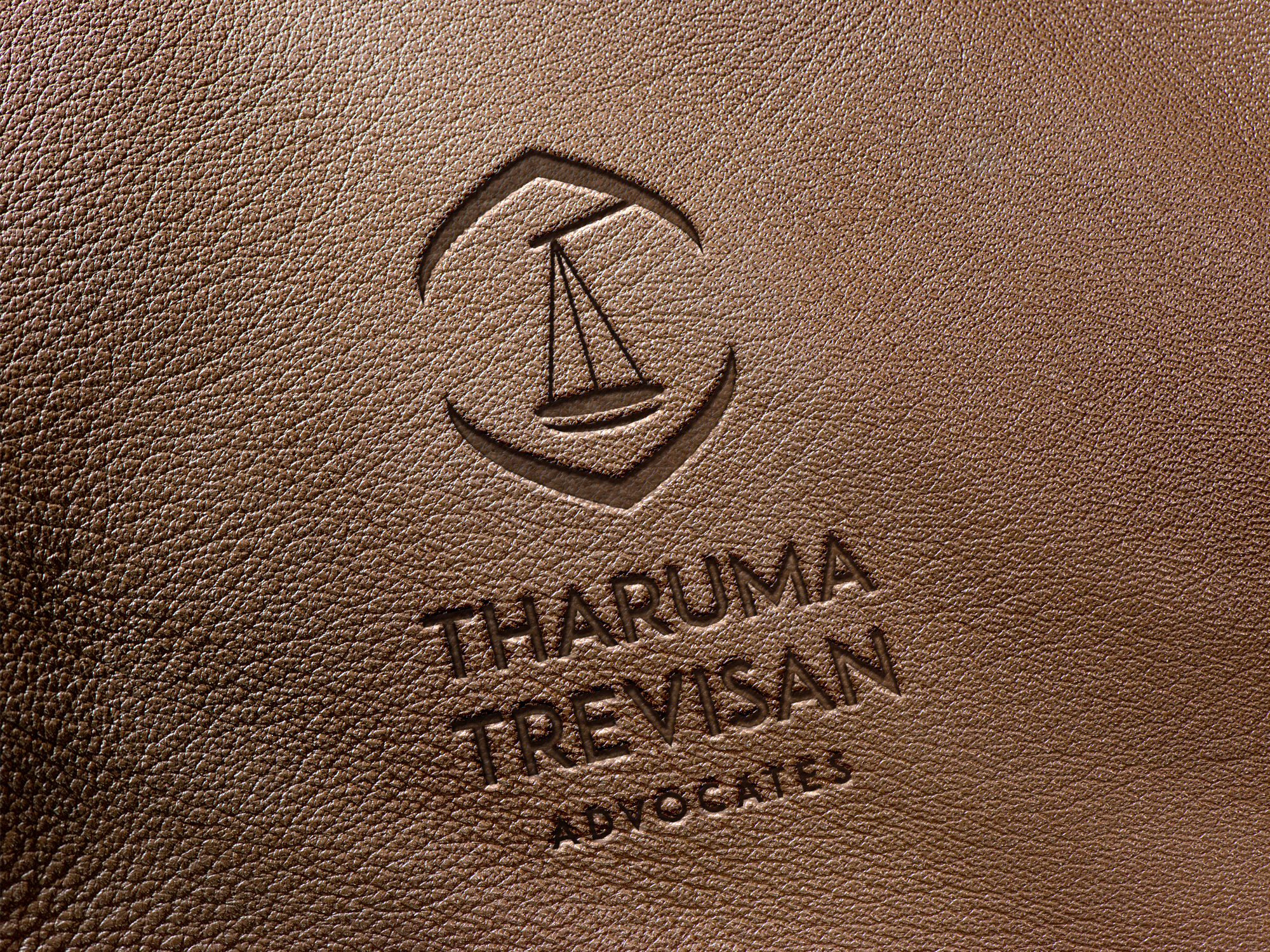 tharuma-trevisan-logo-leather-mock-up-02